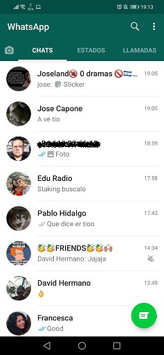 whatsapp normal vs whatsapp aero